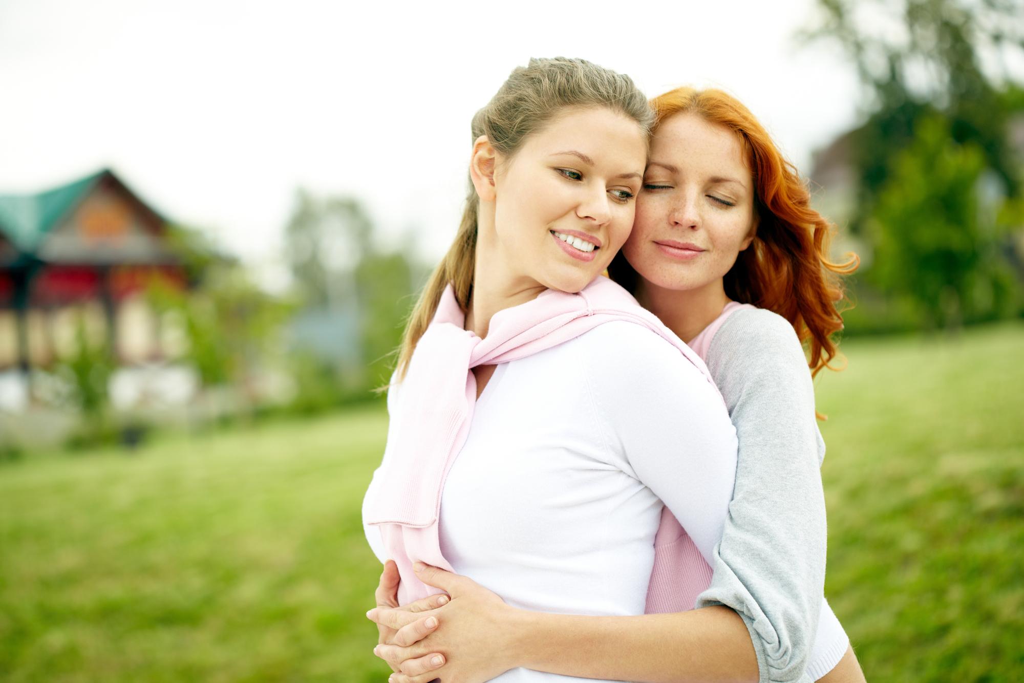 Lesbian Dating