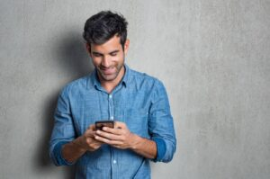Flirty Messages on Phone to Erotic Mate