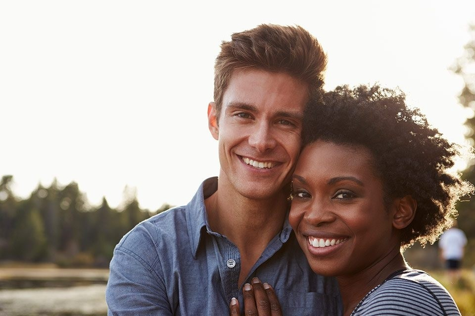 Connect to Women at Singles Chat Line